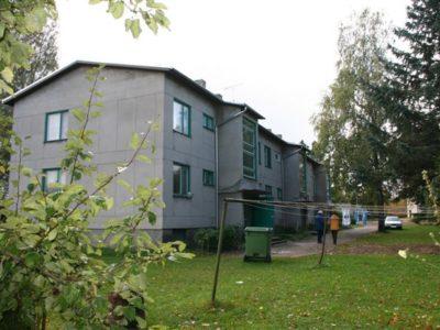 Trapetsprofiili paigaldus, katuse remont, profiilpleki paigaldus